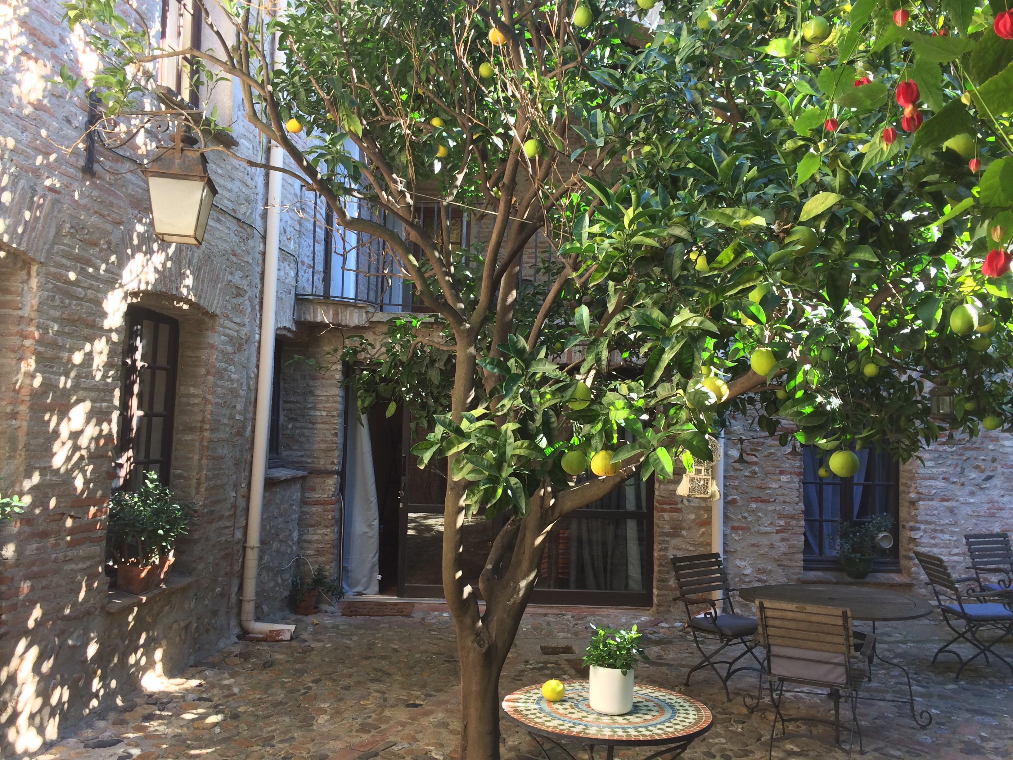 Chambres Du0027hôtes, Suites U0026 Gite De Charme, Restaurant « Table Du0027Hôtes ».